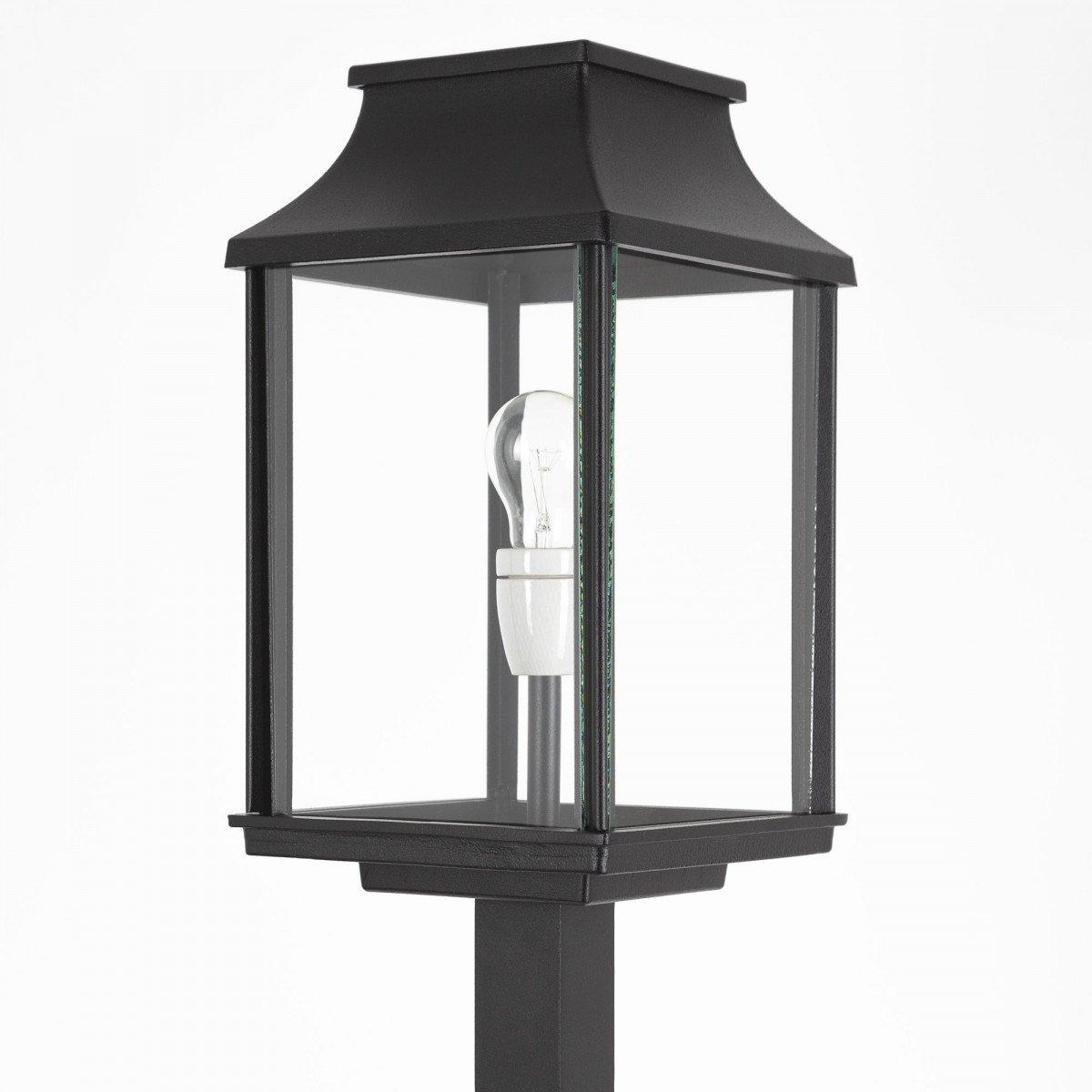 klassieke buitenverlichting terraslamp Goteborgeen stijlvolle strak klassiek vormgegeven terras lantaarn voor buiten, tuinverlichting lantaarnpaal van KS verlichting