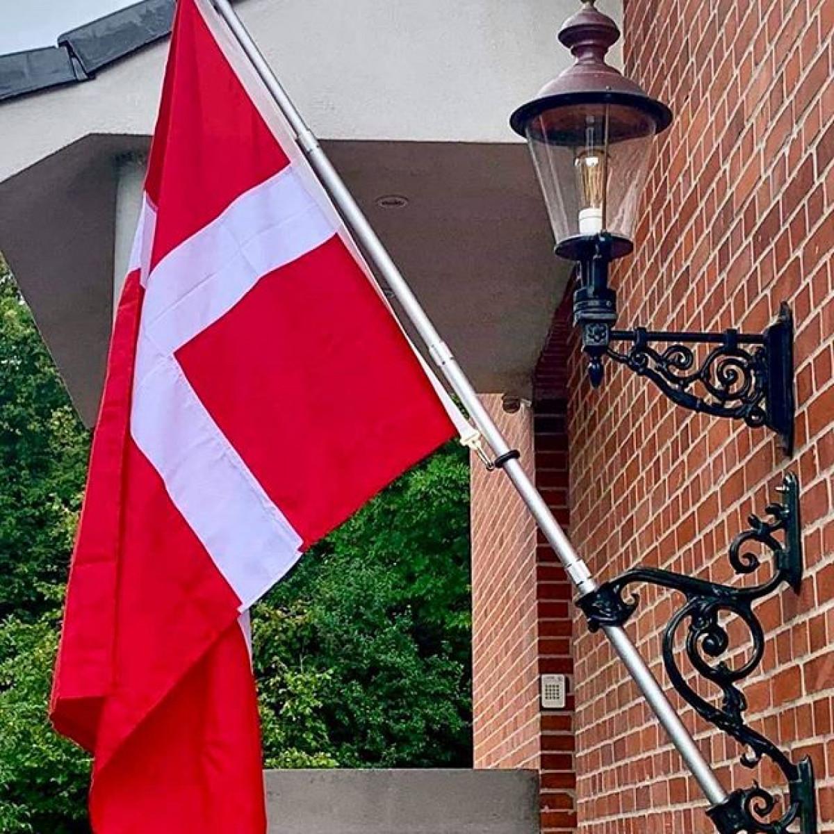 Landelijke geveldecoratie- vlaggenstokhouder groot brons- officieel KS kwaliteitsproduct- handmade