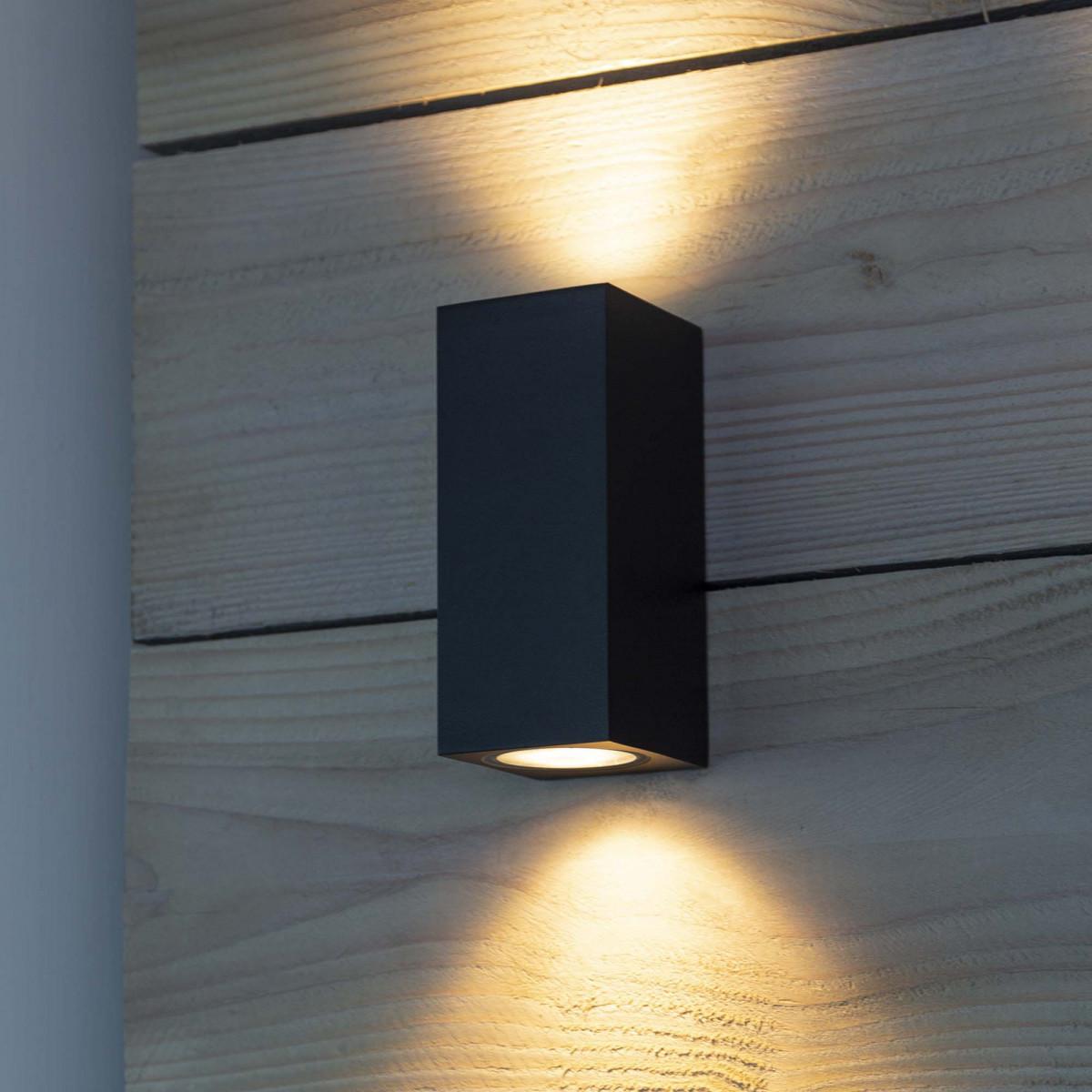 Wandspot kubus zwart, up en downlighter, design muurspot, perfect toepasbaar als gevelverlichting, KS kwaliteitsverlichting, moderne wandspot met 2 lichtbundels