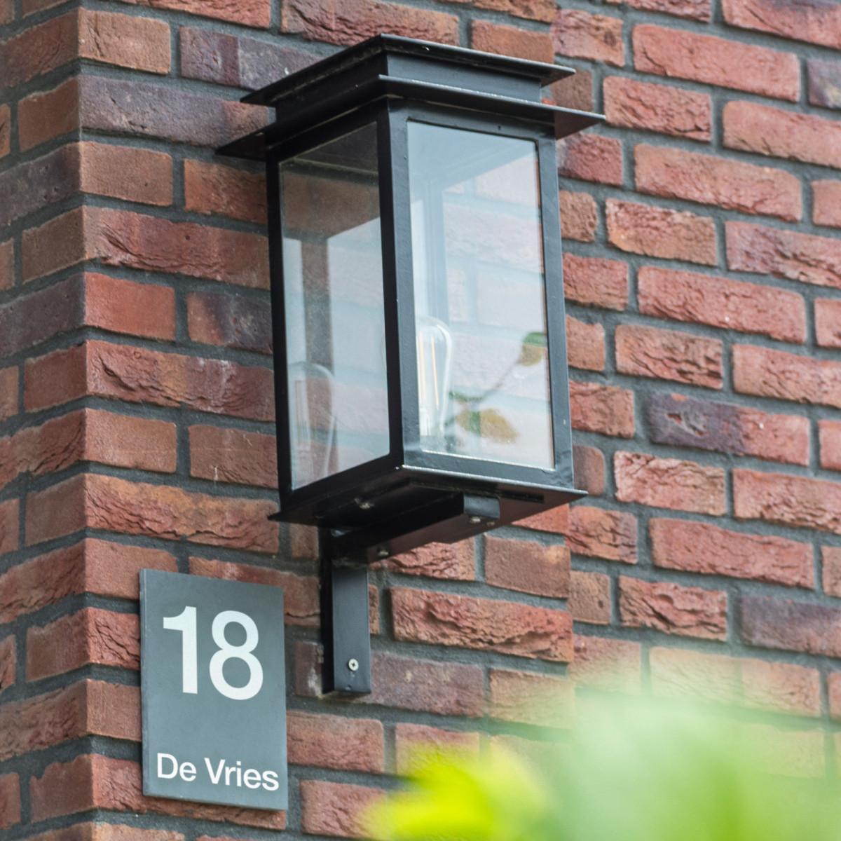 strak klassieke buitenverlichting buitenlamp Praag L II muurlamp, wandverlichting klassiek vierkant met een tijdloos exclusief uniek design, stijlvolle exclusieve gevellantaarn van KS Verlichting