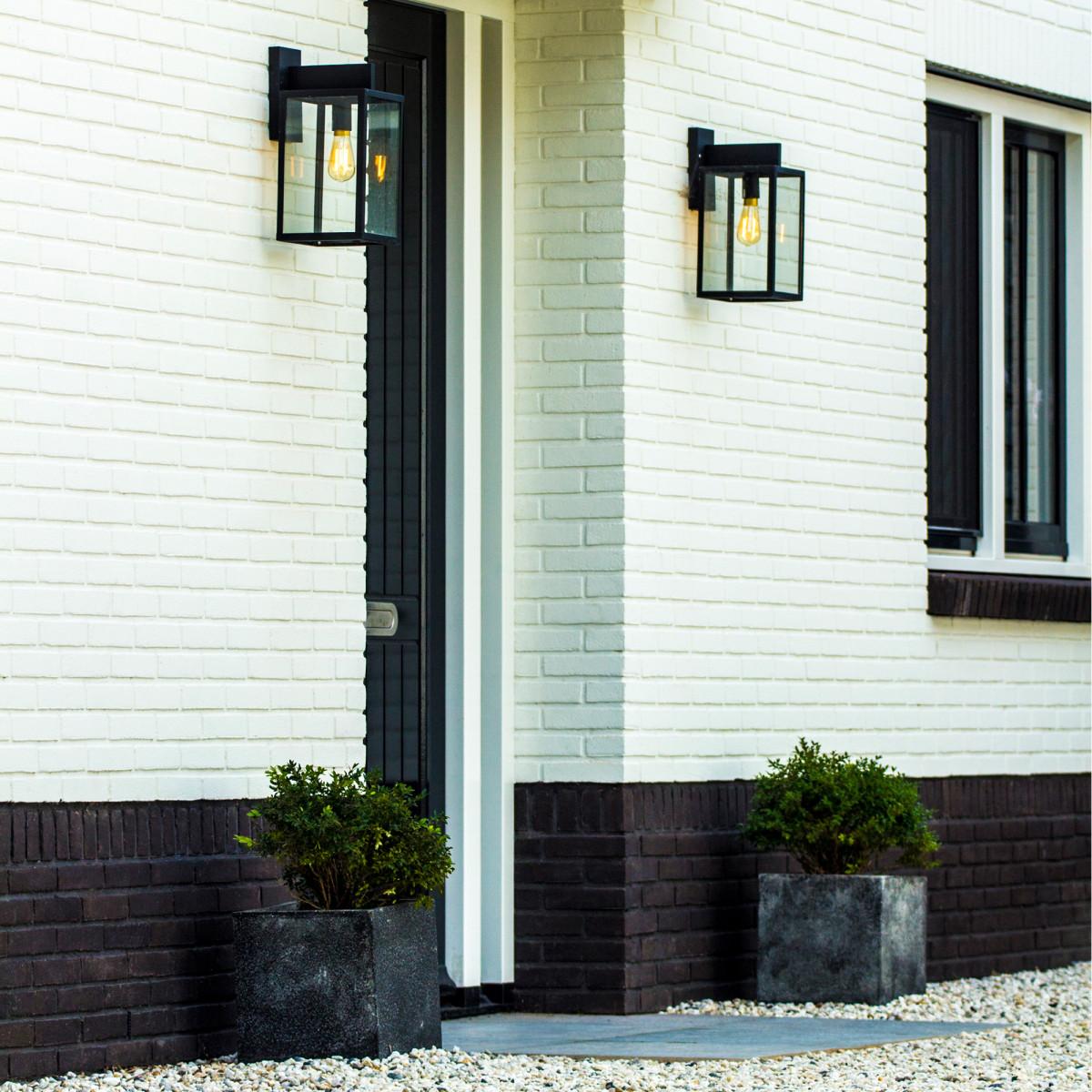 Buitenverlichting van KS Verlichting, strak klassieke buitenlamp, hampton, klassieke gevelverlichting, stijlvolle klassieke wandverlichting van KS Verlichting