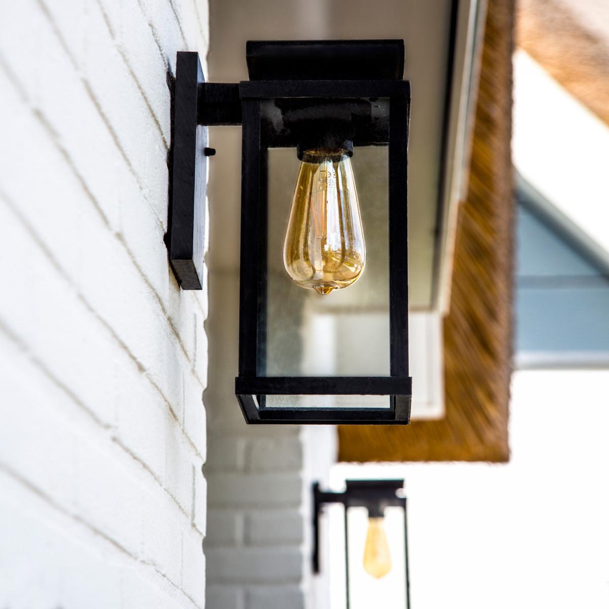 buitenverlichting Jersey L wandlamp, strak klassieke muurlamp, functionele en sfeervolle buitenverlichting, buitenlampen van KS Verlichting, de perfecte gevelverlichting, KS kwaliteitsverlichting