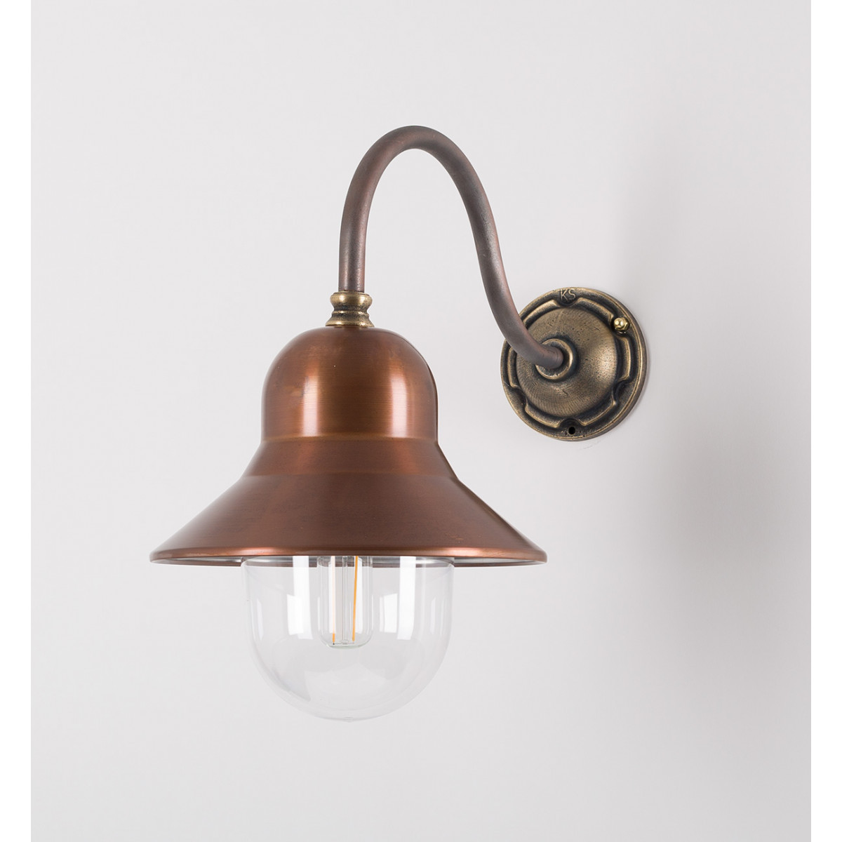 Stallamp Evian