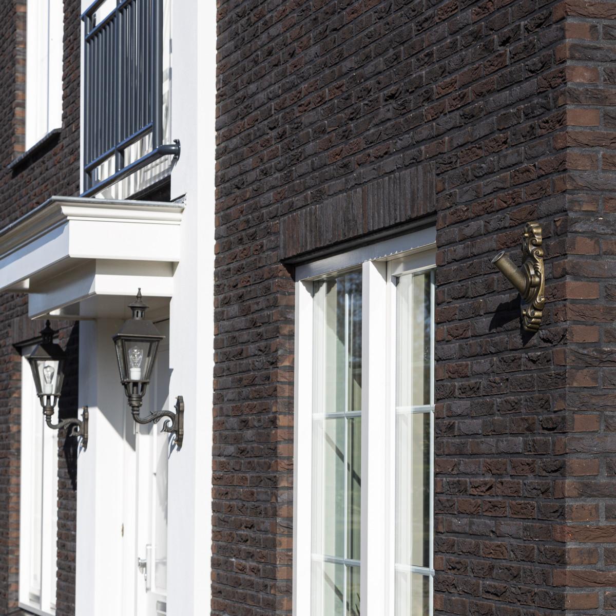 bronzen vlaggenmasthouder een handgemaakt ornament voor aan de gevel volledig onderhoudsvrij vlaggenstokhouder massief brons